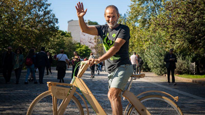 Από την Αθήνα ως το Έβερεστ με ένα ποδήλατο