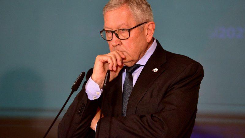 Ο Κλάους Ρέγκλινγκ ζητάει επανεξέταση των κανόνων του Συμφώνου Σταθερότητας